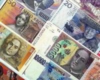 Бизнесмены «ударились» в валютные сбережения