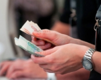 Два расчетных листка при выдаче зарплаты