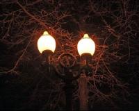 Освещение столичных дворов поручено частным «фонарщикам»