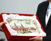 Подарки чиновников оставят государству